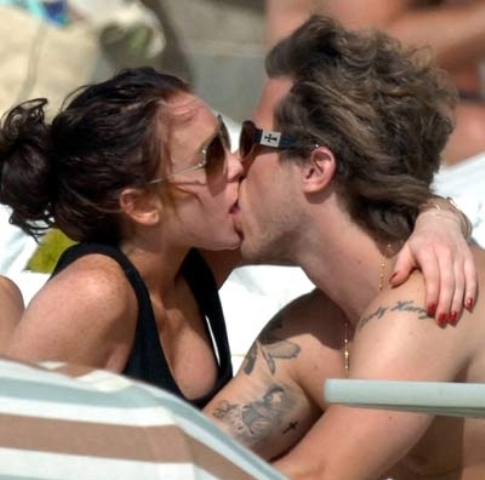 Lindsay+Lohan+Kisses+Harry+Morton - Kiss, my first kiss! - Love Talk