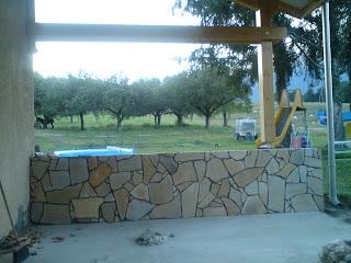service bricolage habillage de mur ext rieur en pierre en opus. Black Bedroom Furniture Sets. Home Design Ideas