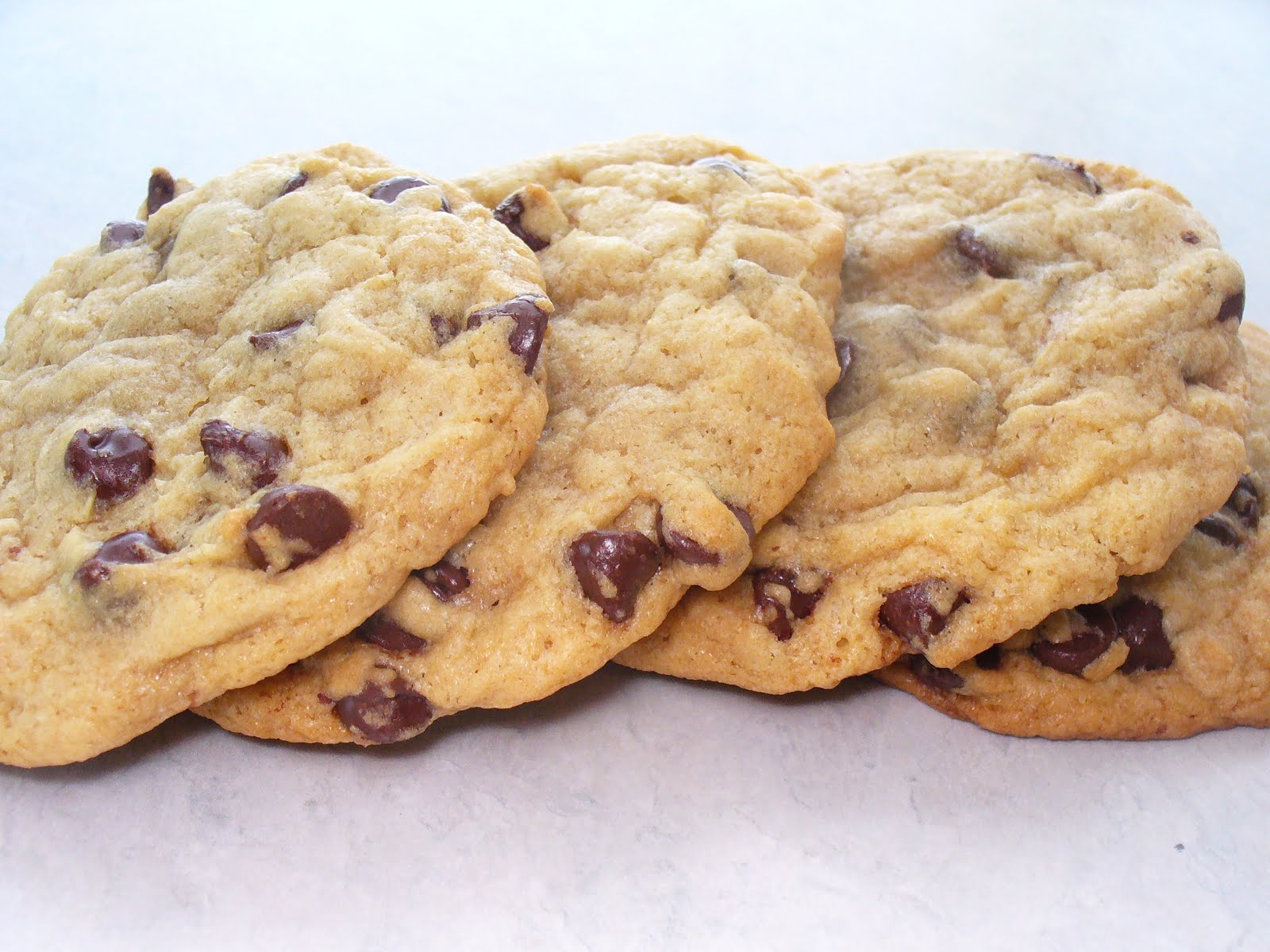 Leenee's Sweetest Delights: Thick and Chewy Chocolate Chip Cookies