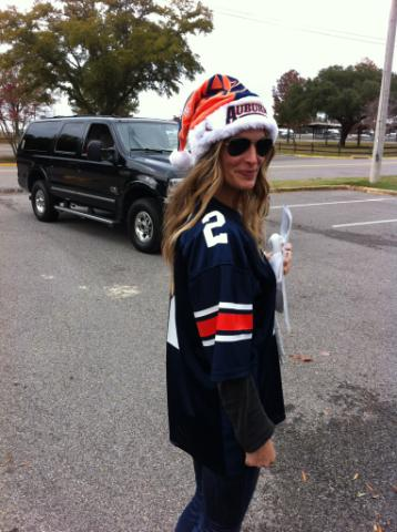 Molly Sims in an Auburn Santa hat? Molly Sims in an Auburn Santa hat.