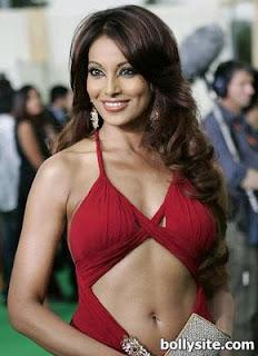 Bollywood Hot Girl Bipasha Basu Biography