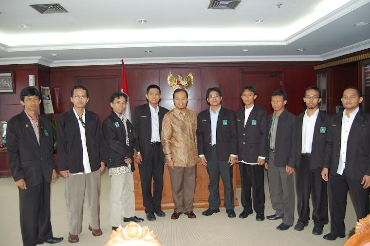 Silaturrahim Dgn DR. Hidayat Nur Wahid, MA (Bakal Capres RI 2009)
