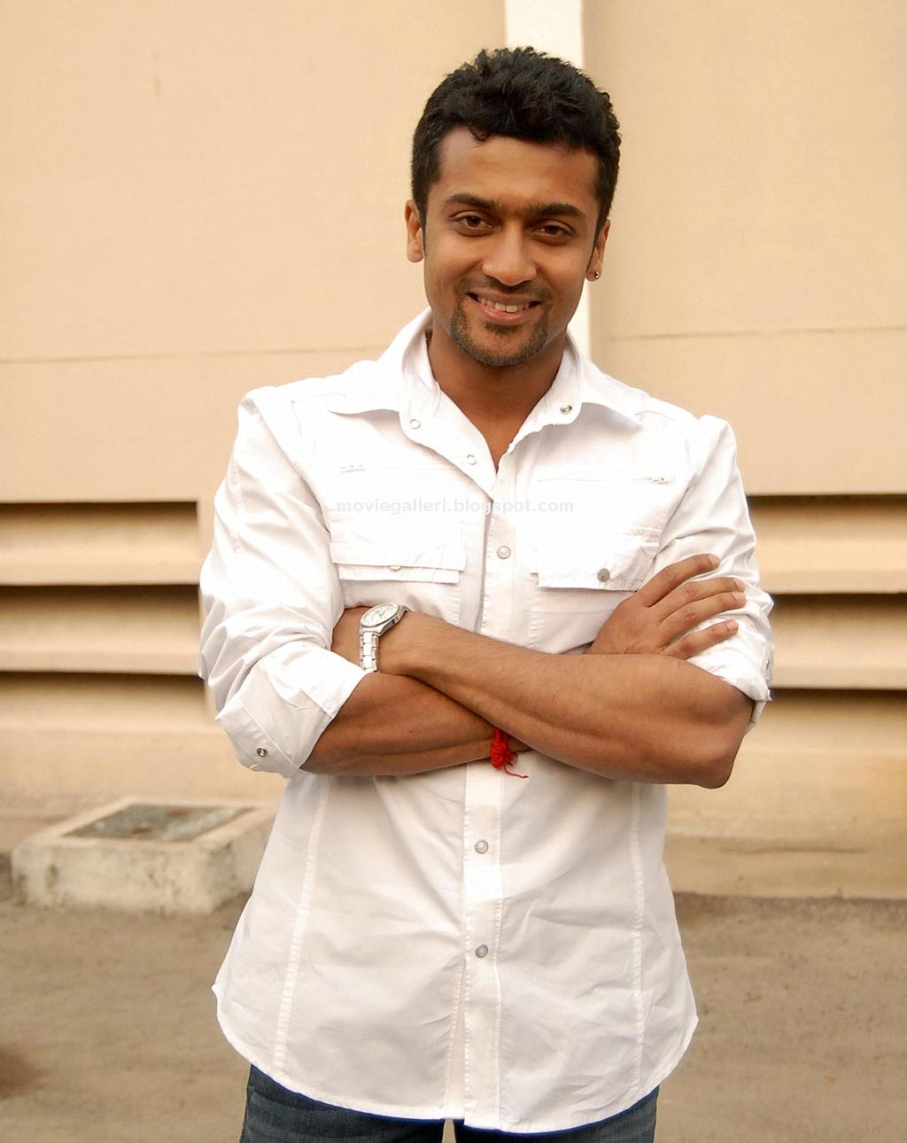 Surya Photos Latest http://wallpapersandlyrics.blogspot.com/2010/11/raktha-charithra-surya-latest.html