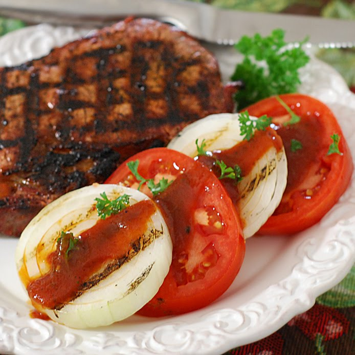 Tomato and Grilled Onion Salad with Steak Sauce Dressing