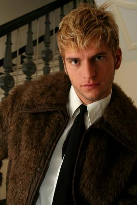 Photo of 2004 men blonde hairstyle. What women want from men hairstyle.