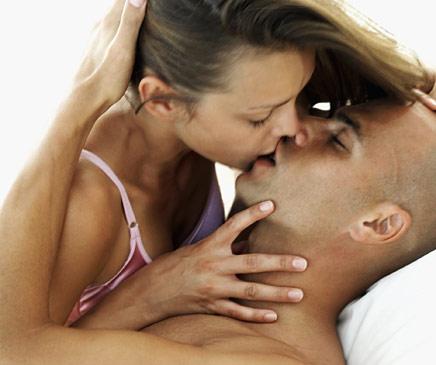 [casal-beijo.jpg]