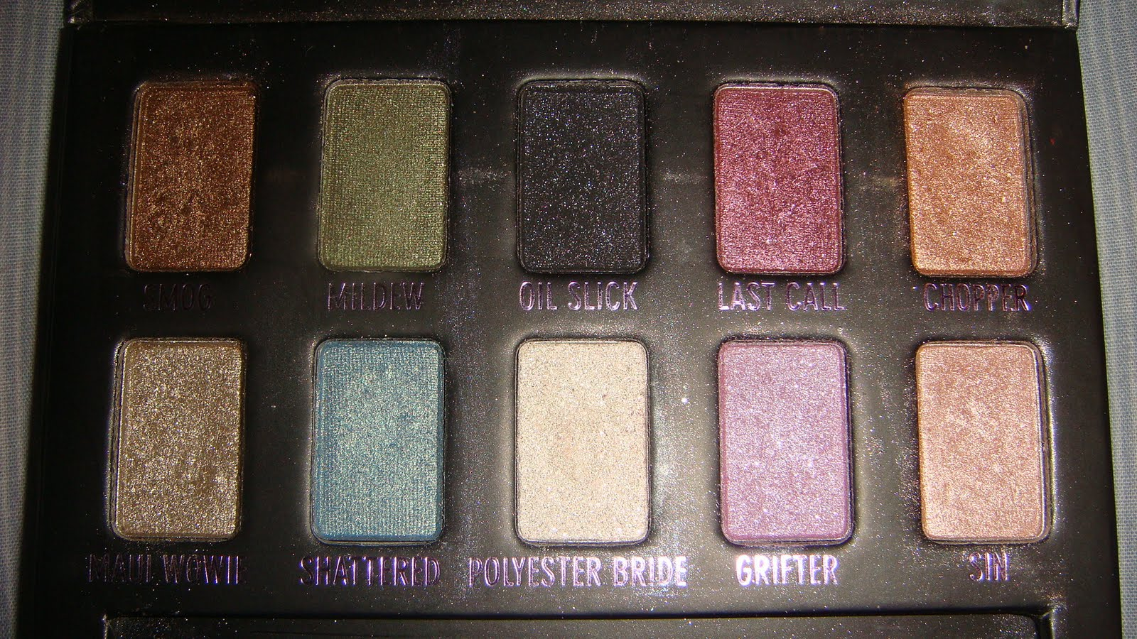 swatch blog urban decay ammo palette