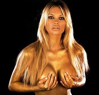 Anna_Falchi_Tette_Horror_Dellamorte_Dellamore_Foto_immagine_picture_sexy_tits