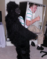 Gorilla_thief_image_immagine
