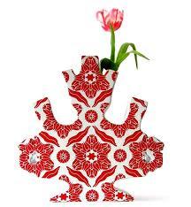Eyecandy: tulip vases (click)