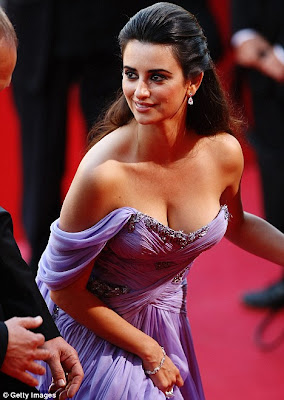 Penelope Cruz Shows off Her Curves in Plunging Neckline at Cannes