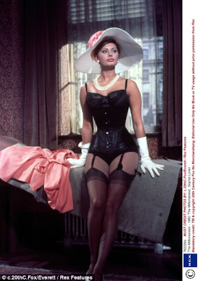 Sophia Loren Showed off Her Hourglass Figure In Venice