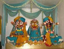las bellas deidades jaghanath, baladeva, subhadra