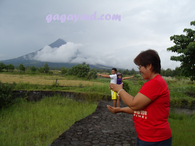 Pictorial Tricks in Mt. Mayon and Cagsaua Ruins