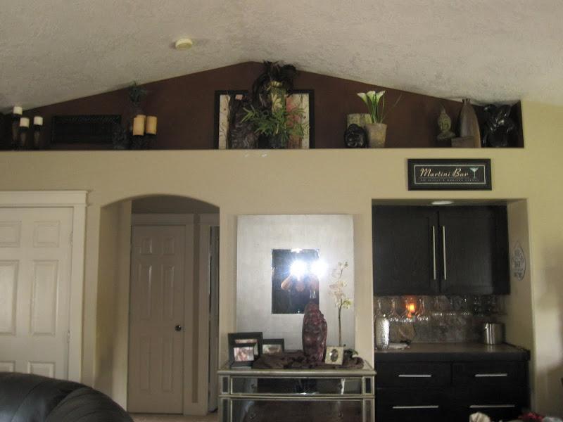Plant Shelf Decorating Idea