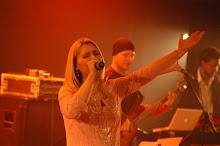 Valéria Rodrigues cantando no Show AO VIVO No SESC de Porto Alegre-RS