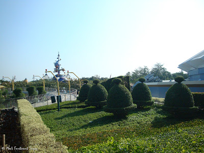 Hong Kong Disneyland Railroad Photo 8