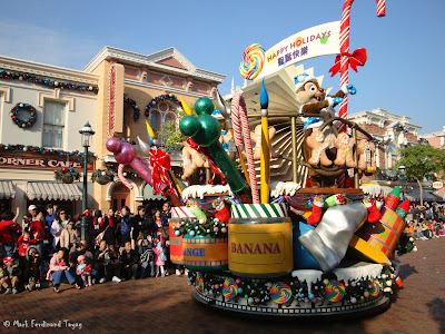 Disney's Let It Snow Parade Photo 6