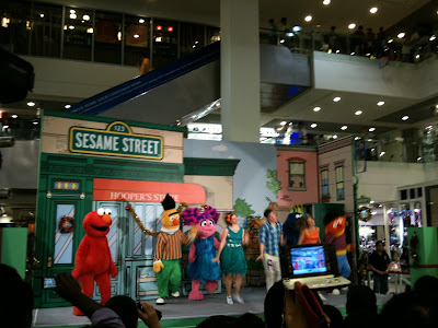 Sesame Street Cast in Singapore 5