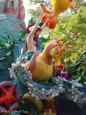 Disney's Let It Snow Parade Photo 4