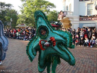 Disney's Let It Snow Parade Photo 2