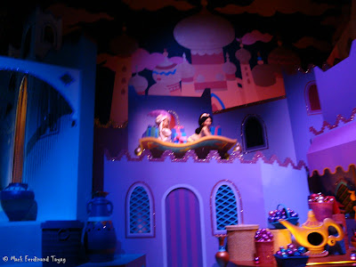 Disneyland It's A Small World Photo 13