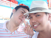 wacky Makoy and Ton on Caticlan boat
