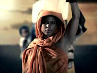 Alicia Keys in Superwoman african woman