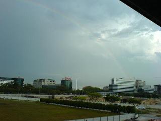 Rainbow in Singapore Picture 4