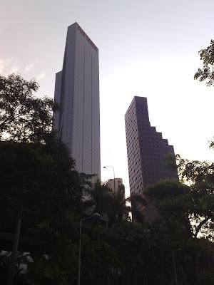 Singapore Building Picture 3