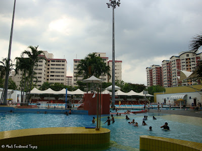 Choa Chu Kang Swimming Pool Picture