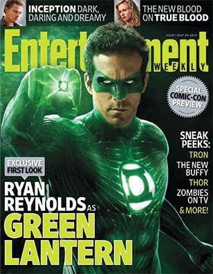Ryan Reynolds in Green Lantern Costume