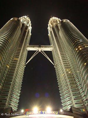Petronas Twin Towers Photo 2