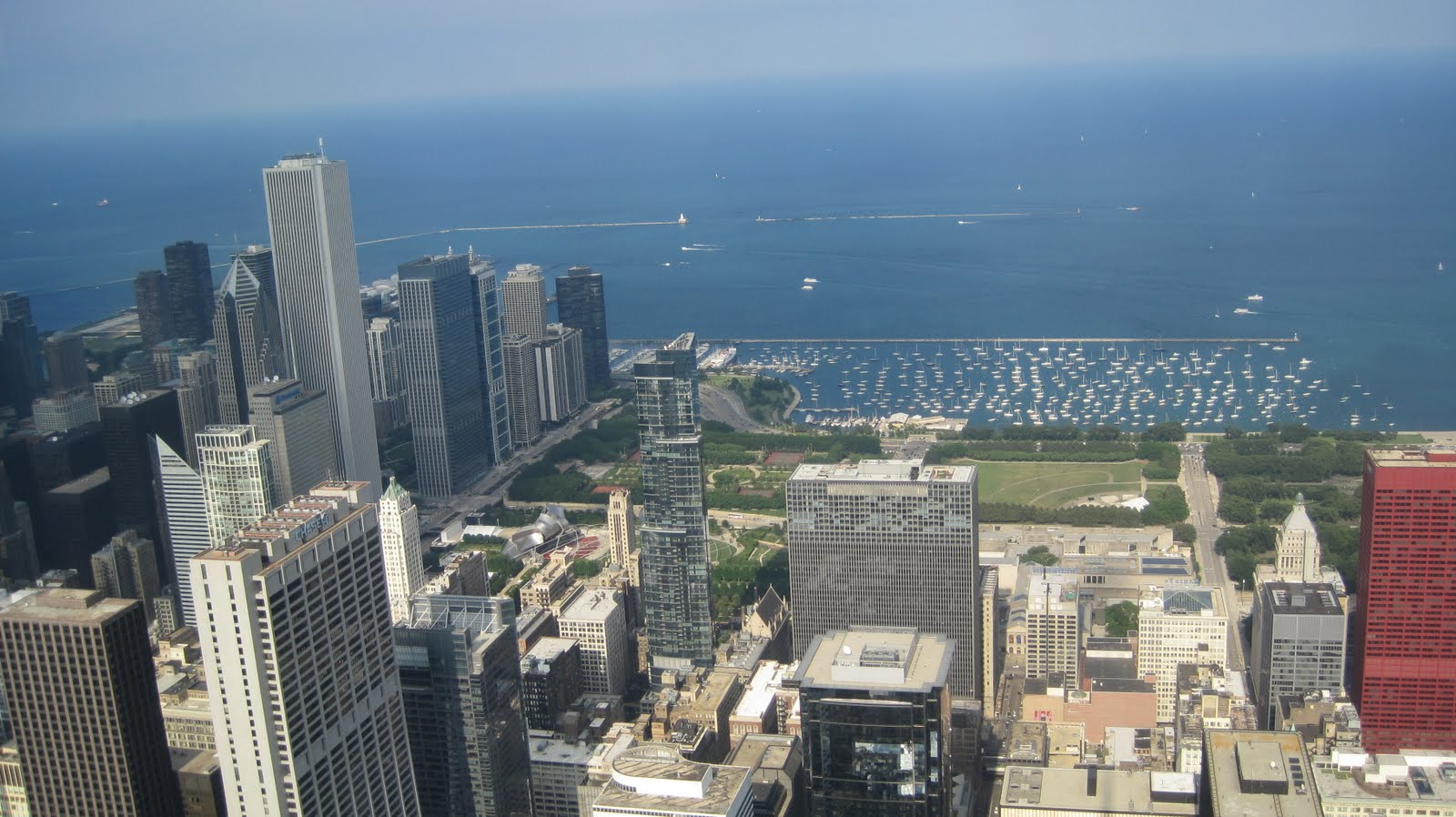 Picture of Chicago overlooking Lake Michigan.