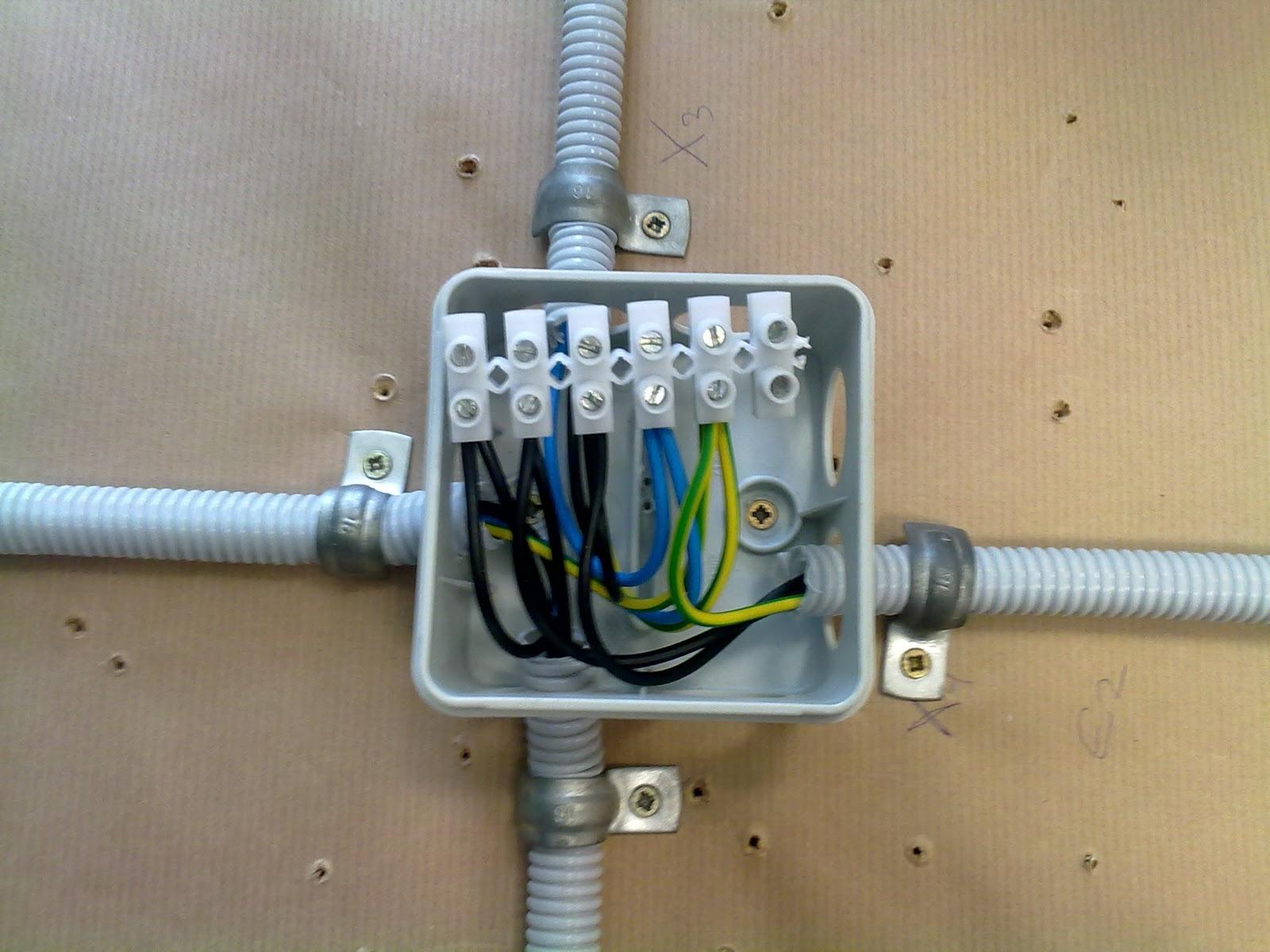 Caja de derivacion electrica materiales de construcci n - Instalacion electrica superficie ...
