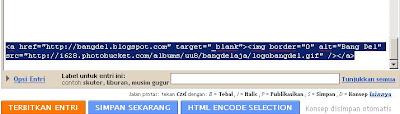 Masukkan kode HTML