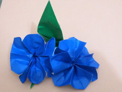 FLOWER INSTRUCTIONS ORIGAMI SIMPLE « EMBROIDERY & ORIGAMI - photo#42