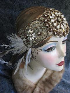 http://3.bp.blogspot.com/_yaDneX-8huA/SOBTrE78-GI/AAAAAAAAAKE/_F0Mjgpgbrs/s320/feathe+ehadband.jpg