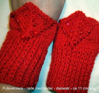 Pulsvarmere - røde med perler -strikket i ullgarn med eget mønster