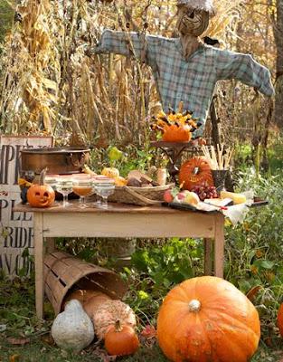 Halloween Decor Table