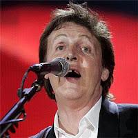 Paul McCartney queda tombo Brasil