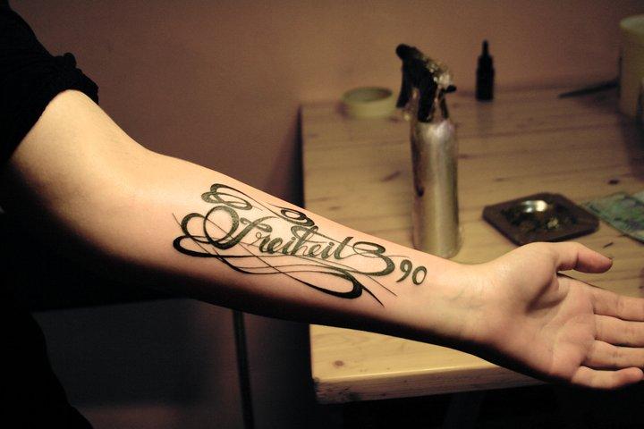 Hundred-dollar-bill-tattoo-51752.jpg. Promotional Dollar Sign , Stock Tattoo
