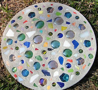 How To Make Stepping Stones From Concrete