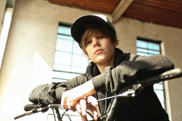 Full Name: Justin Drew Bieber