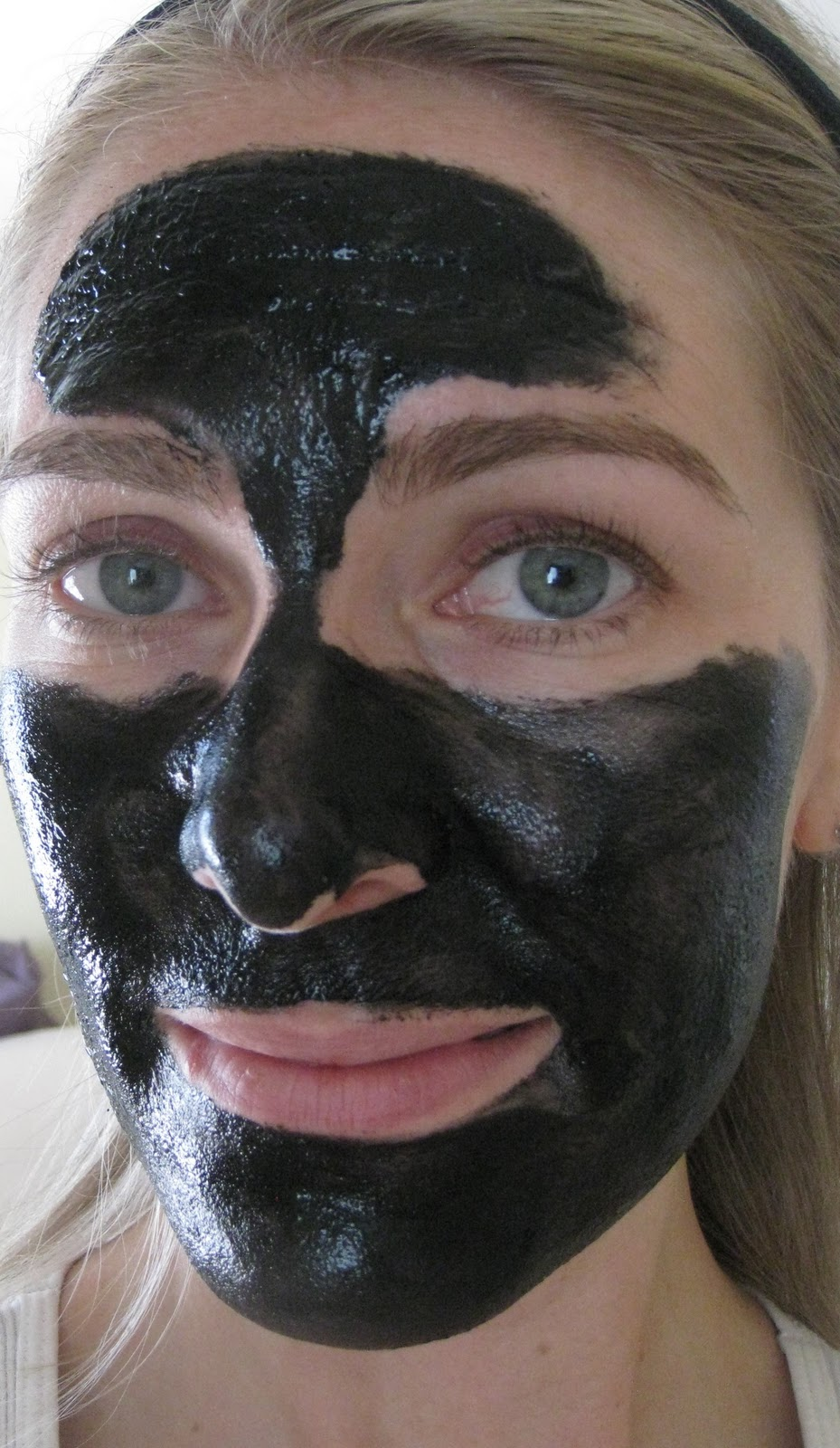 boscia luminizing black peel off mask. Black Bedroom Furniture Sets. Home Design Ideas