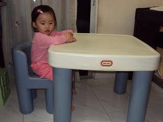 toys4toddlers little tikes table chair. Black Bedroom Furniture Sets. Home Design Ideas