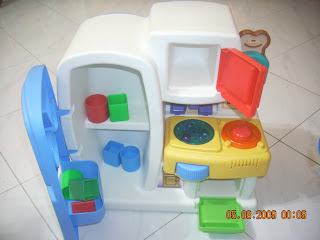 Toys4toddlers Little Tikes Discover Sounds Kitchen