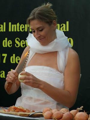 Performance Gracia Iglesias Soy Feliz Perfopoesia 2010 Sevilla