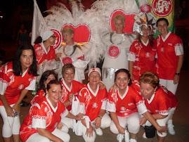 MULHERES COLORADAS E IMPERADORES DO SAMBA NO CARNAVAL 2009