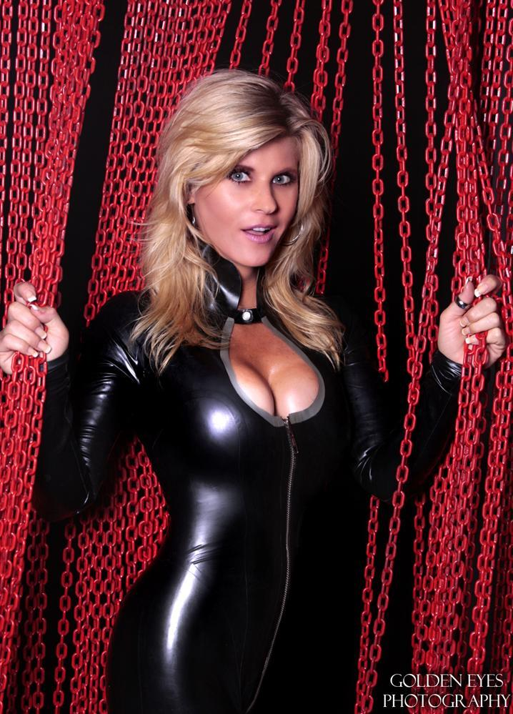 wwe-diva-stacey-carter-new-2010-pictures-03.jpg